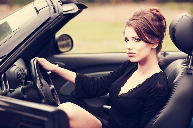 zena za volanom3